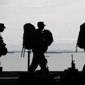 Raatteentie elokuvan sotilaita